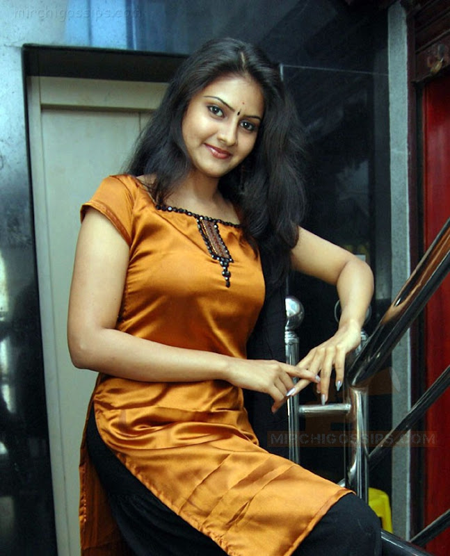 Nandagi Latest Stills gallery pictures