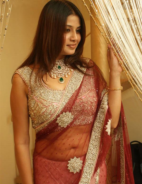 , Tamil Actress Sangeetha Pics In Saree