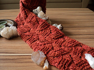 serzany scarf knitting pattern, malabrigo knitting pattern, neck warmer knitting pattern