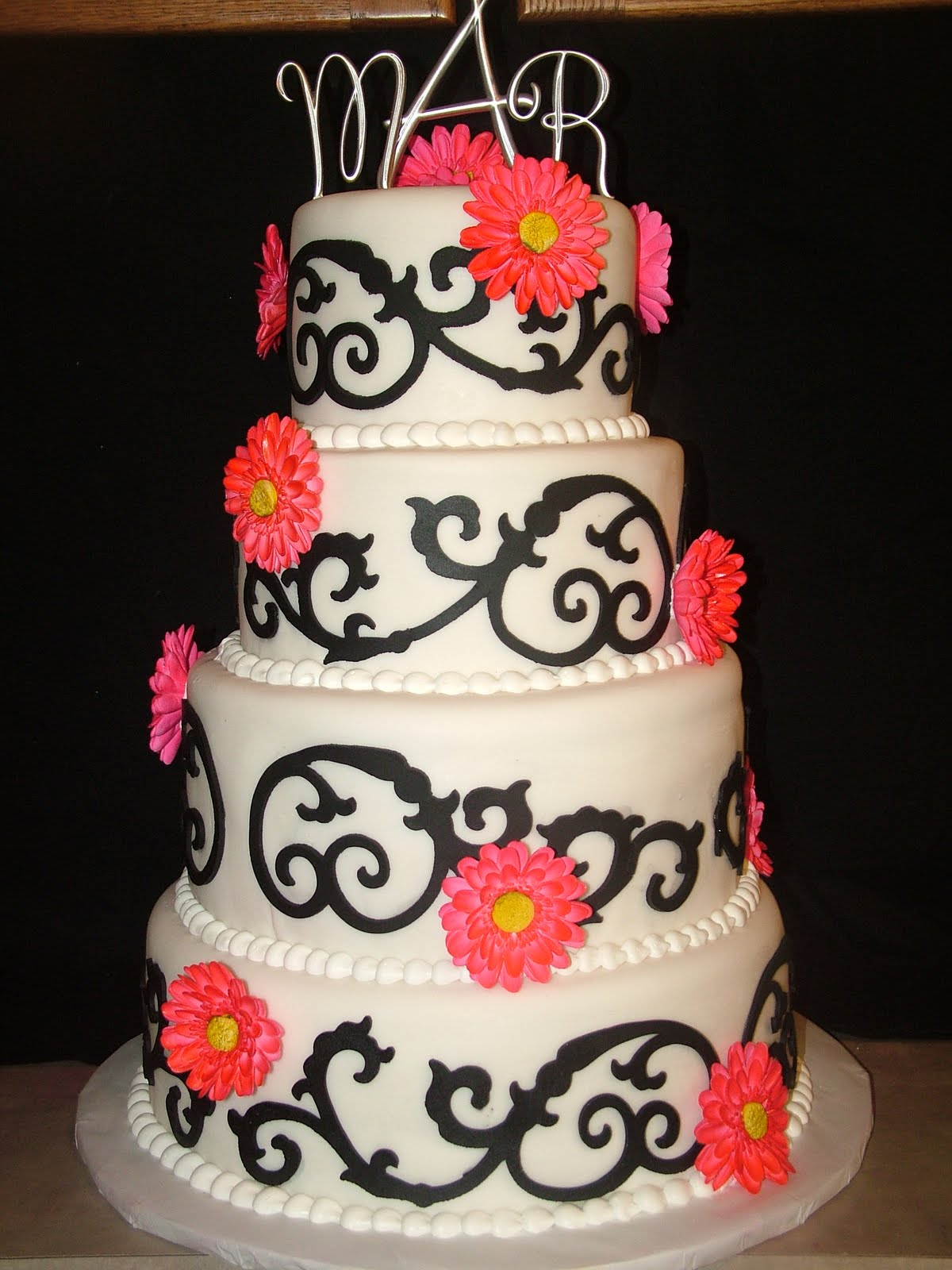 Little Miss Muffins Cakes Gerbera Daisy Wedding Cake