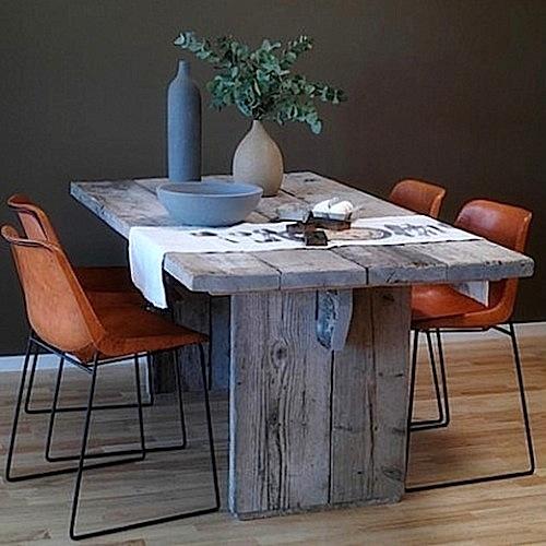 Rustikt bord ernst