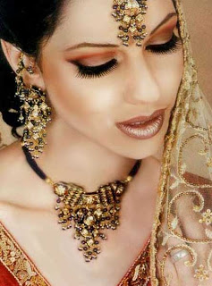 BRIDAL MAKEUP: How to Do Your Own Wedding Makeup