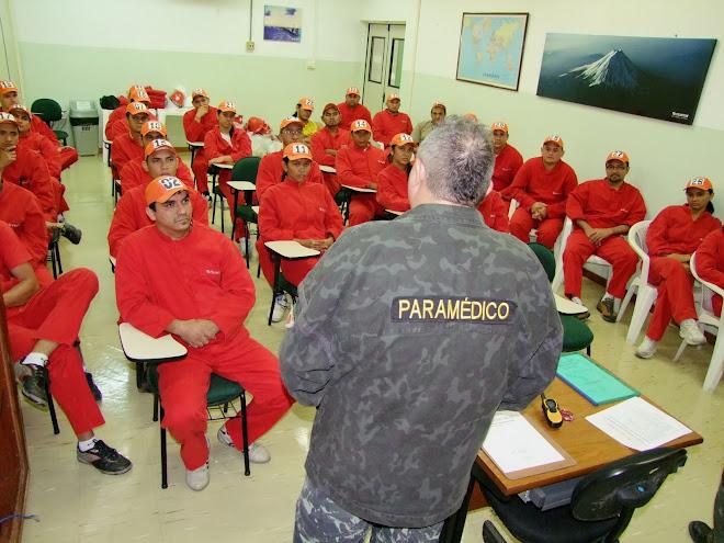 TREINAMENTO MOTIVACIONAL  EM TÉCNICAS DE EMERGENCIAS PARA A BRIGADA DE EMERGENCIA  DA FUJIFILM
