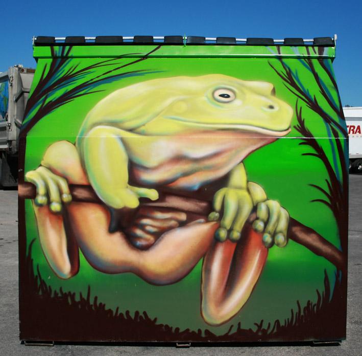 Balcones recycling austin tx ramon alvarez rei for Austin frog mural