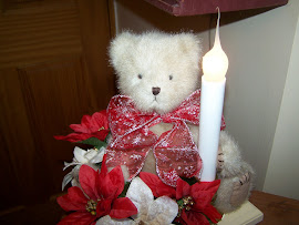 CHRISTMAS bear floral lite
