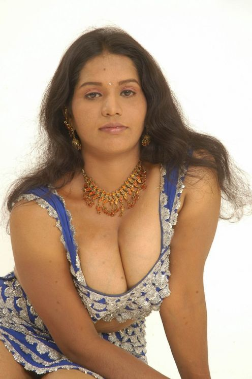 www.big  womens naked pics.com