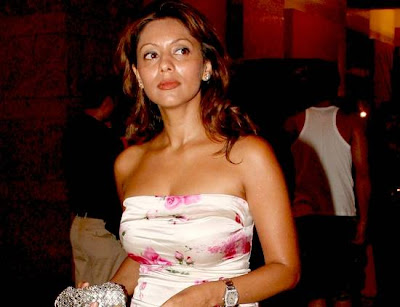 Gauri Khan, Sharukhkhan wife