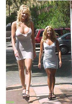 World tallest woman picture