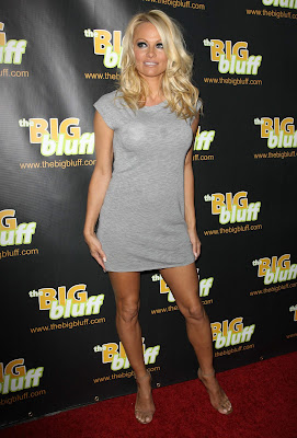 Pamela+Anderson+The+Big+Bluff+Online+Triva+Game+La0750 The Big Bluff Online Triva Game Launch