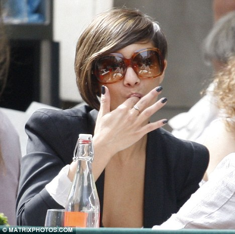 frankie from saturdays hairstyle. frankie sandford the saturdays
