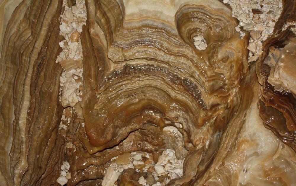 uranium series dating of quaternary deposits