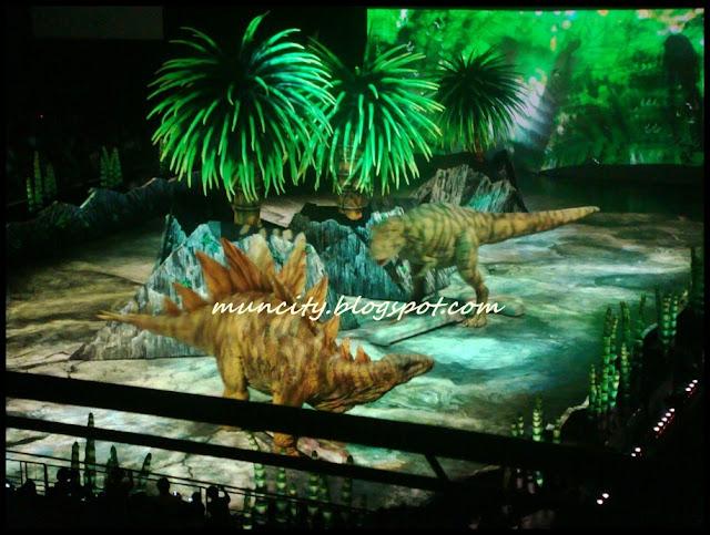 Lalalaland...: Walking with Dinosaurs