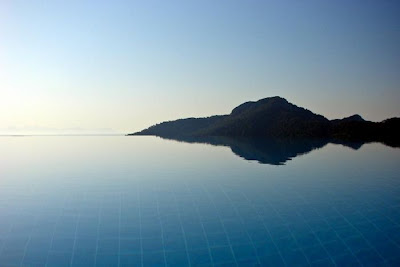 beautiful_infinity pool