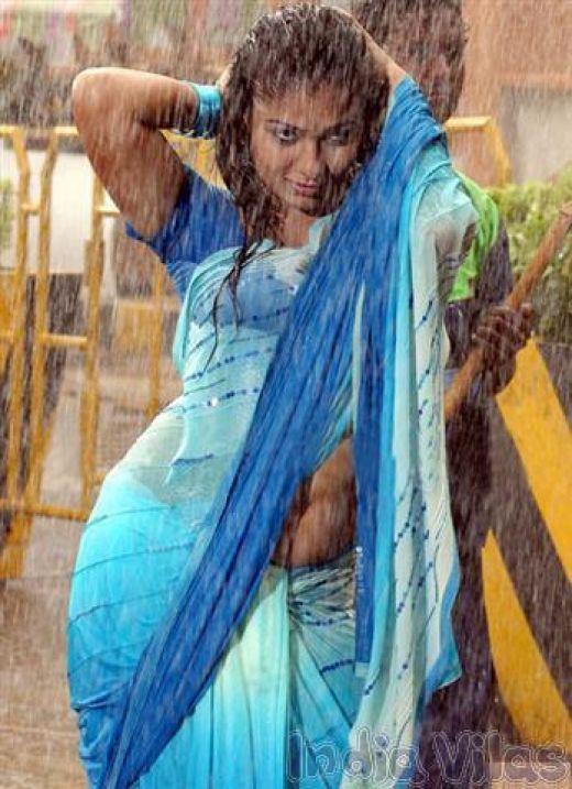 Nayanthara wet gallery