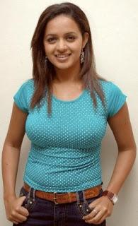 bhavana hot image