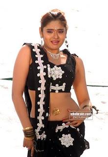 Sajitha Betti hot pic<br />