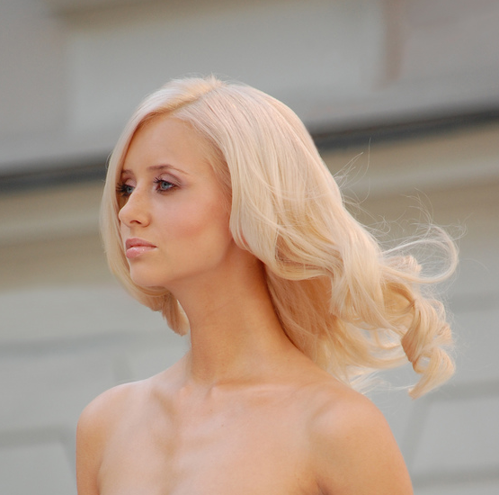 Blonde Hair, Long Hairstyle 2013, Hairstyle 2013, New Long Hairstyle 2013, Celebrity Long Romance Hairstyles 2047