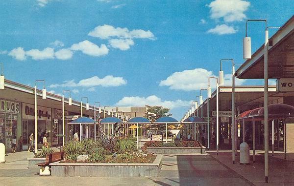 Detroit Retro Malls And Theaters