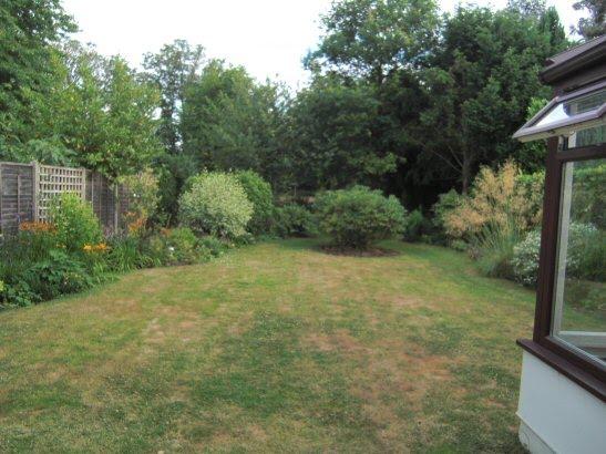 these first four shots show the route up the garden - Garden Ideas Long Narrow