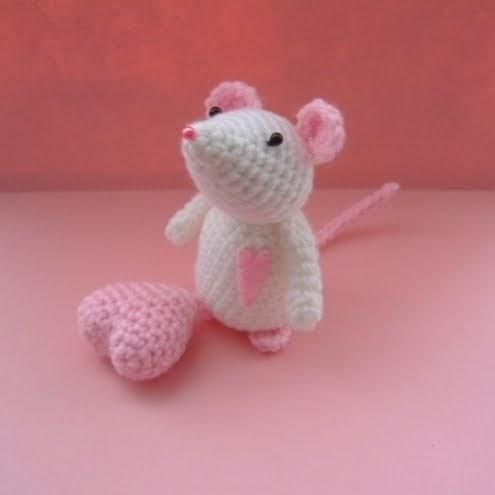 Amigurumi Pattern Generator : Cthulhu Crochet and Cousins: Some Valentines Day Inspiration!