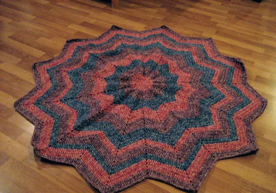 Crochet Pattern Round Ripple Afghan : Cthulhu Crochet and Cousins: More Round Ripple Afghans!