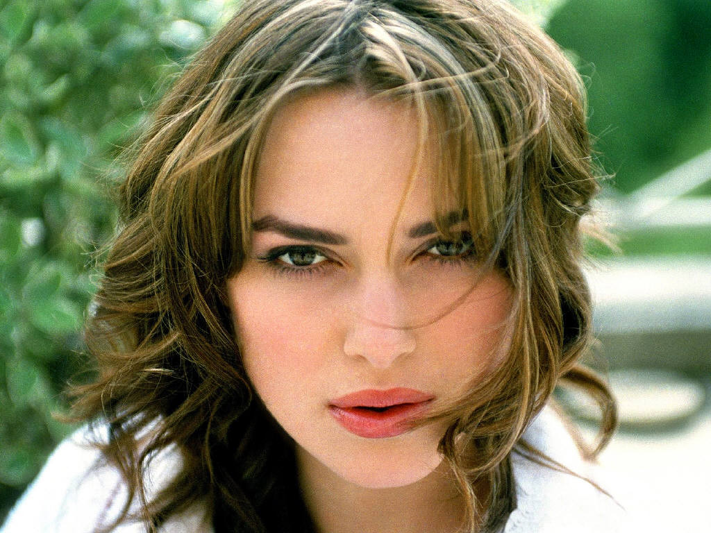 Keira Knightley Romance Hairstyles Pictures, Long Hairstyle 2013, Hairstyle 2013, New Long Hairstyle 2013, Celebrity Long Romance Hairstyles 2027