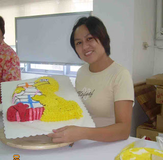 here comes the cake: Cake Decorating Class I