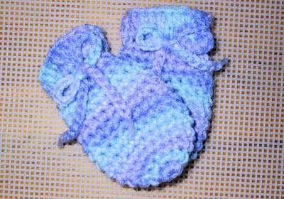 BABY SCRATCH MITTENS, BOOTIES, HAT AND BABY CACOON - CROCHET