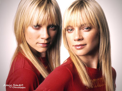large images Amy Smart