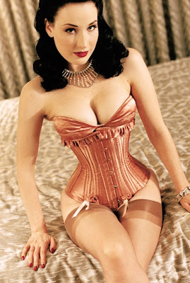 Dita von Teese burlesque actress