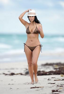 Kim Kardashian – Bikini Photos at the Beach in Miami pictures