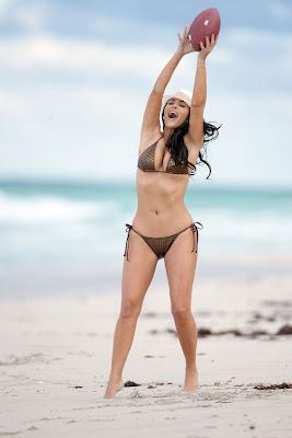 Kim Kardashian – Bikini Photos at the Beach in Miami photos