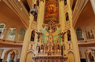 foto capela em 360 graus no Canada