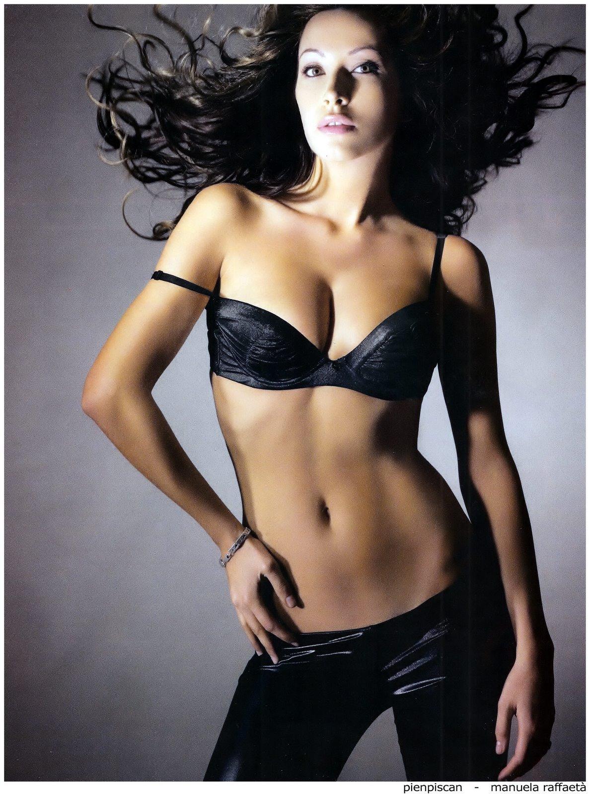 http://4.bp.blogspot.com/_tTFhyocinO0/TCR3VnoXleI/AAAAAAAAFCA/JAJJl3aNQVs/s1600/Manuela+Raffaet%C3%A0.jpg