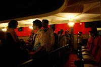 Zombies en el Cinema Prado listos para disfrutar de una peli en el festival