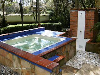 Campo de veraneo los gaby piscina y jacuzzi - Piscinas y jacuzzis ...