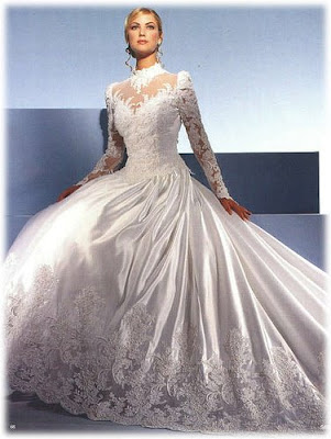 The Wedding Gown Luxurious and Elegant.