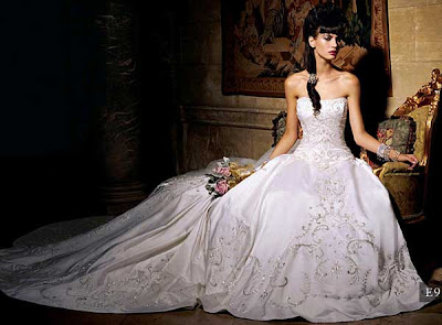 Wedding Gown with Luxurious Design.
