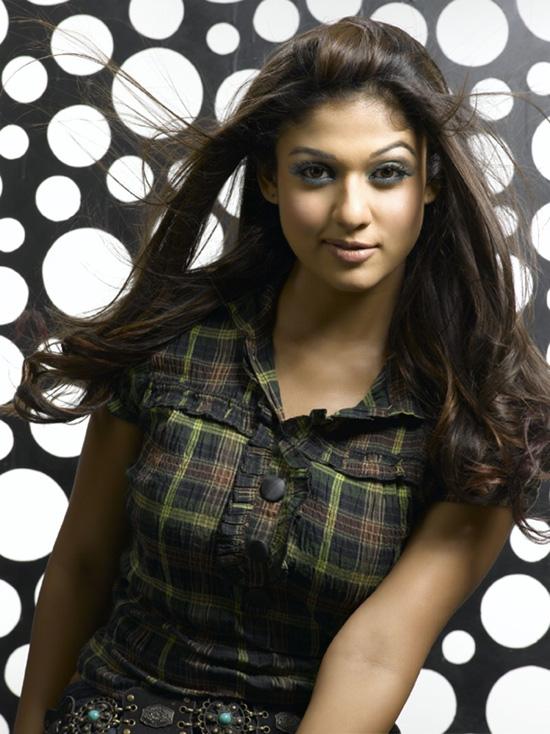 nayanthara-panties-sexy-pic