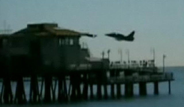 Loy Flying Military Jet Buzzes By Santa Monica Pier Caught On Camera