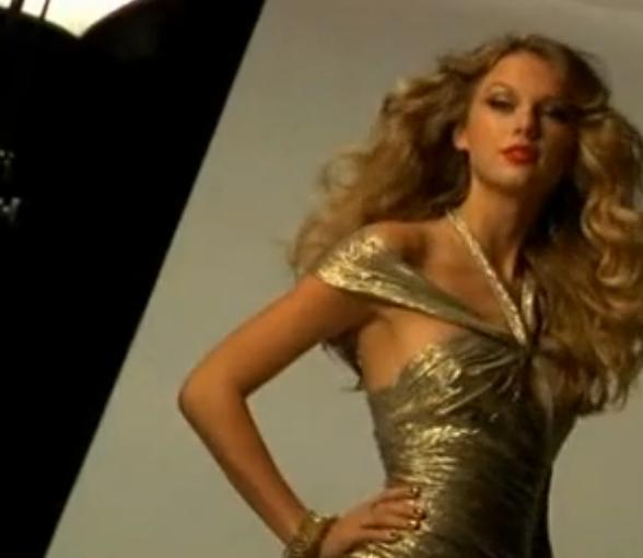 Taylor Swift Hot Instyle Photoshoot
