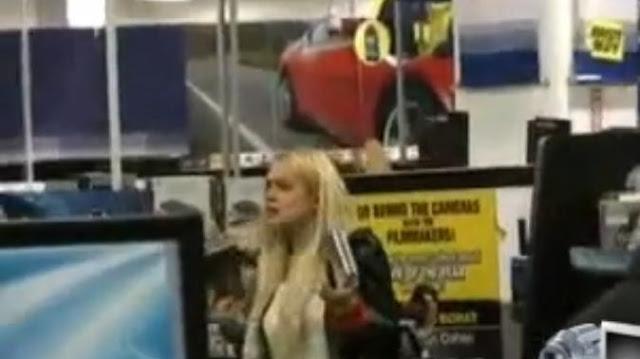 Lindsay Lohan Shops For DVDs At Best Buy