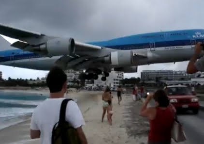 Image Gallery jumbo jet landing