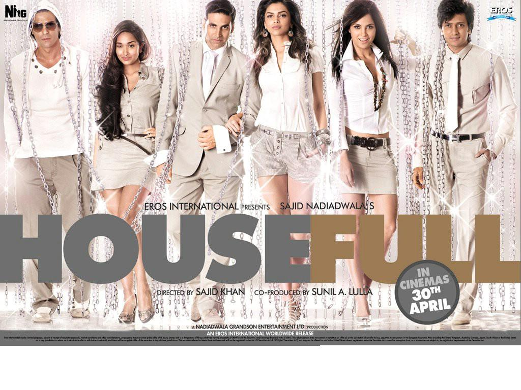 Khan  Arjun Rampal  Ritesh Deshmukh  Boman Irani In HouseFull MovieRitesh Deshmukh Body In Housefull