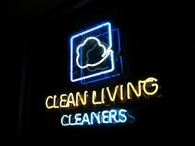 NEONcleaners Copyright 2009 Cosanostradamus blog me no blogs