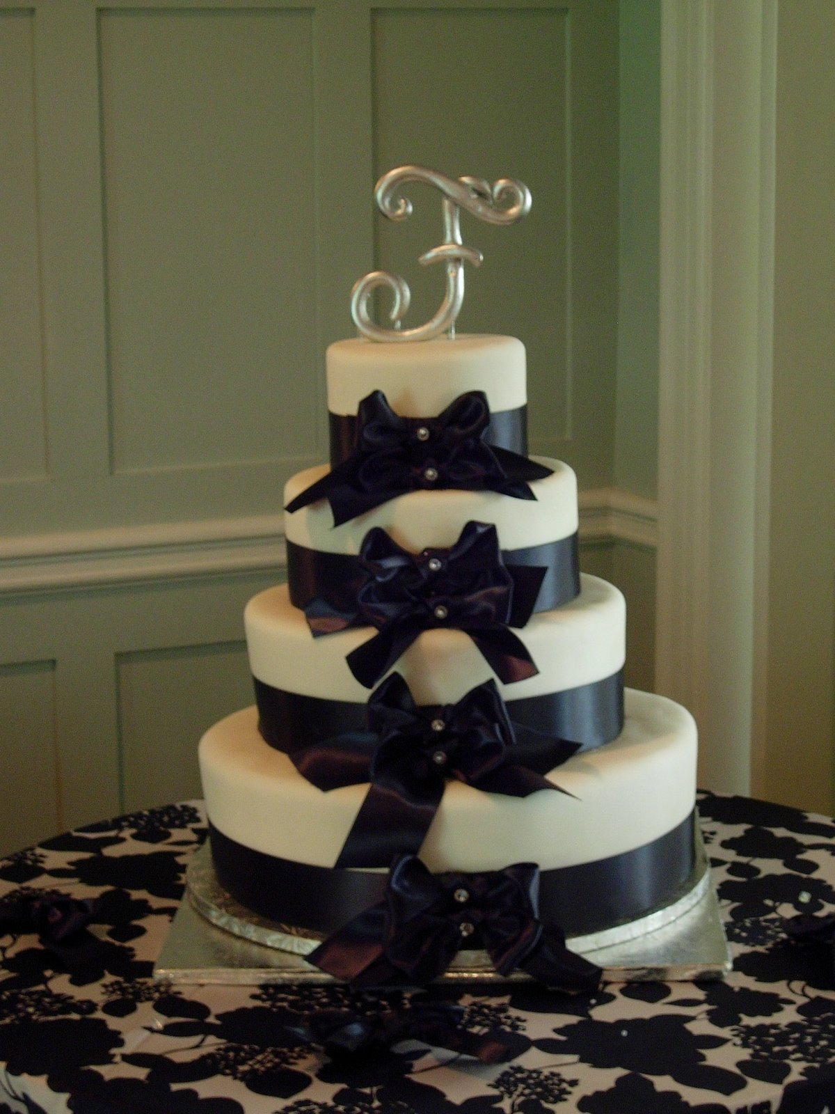 PS A Photo Of Her Wedding Cake From New Bedford Country Club Is Below