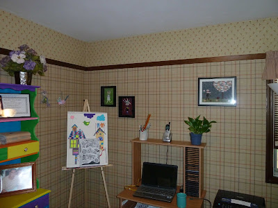 Brown Plaid Art Room