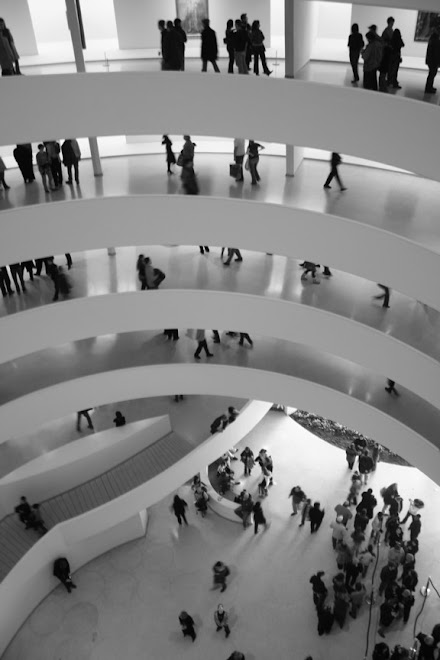 Frank Lloyd Wright:  Guggenheim Museum, New York City