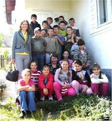 Clasa a V-a după vizita CASEI cu AMINTIRI (Zilele Patrimoniului European - 2009)