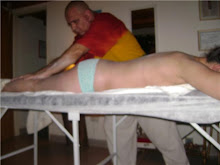 realizando masaje